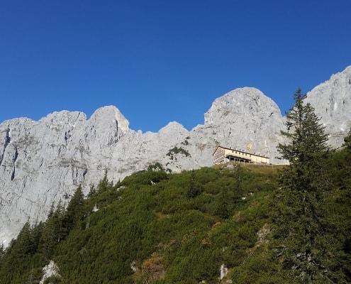 Wandern_Berge_Schutzhütte